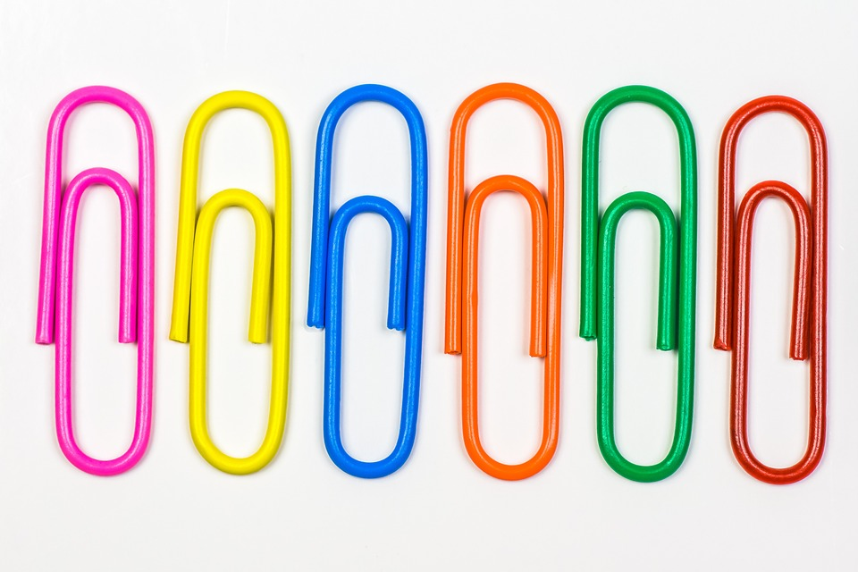 paperclip-178126_960_720